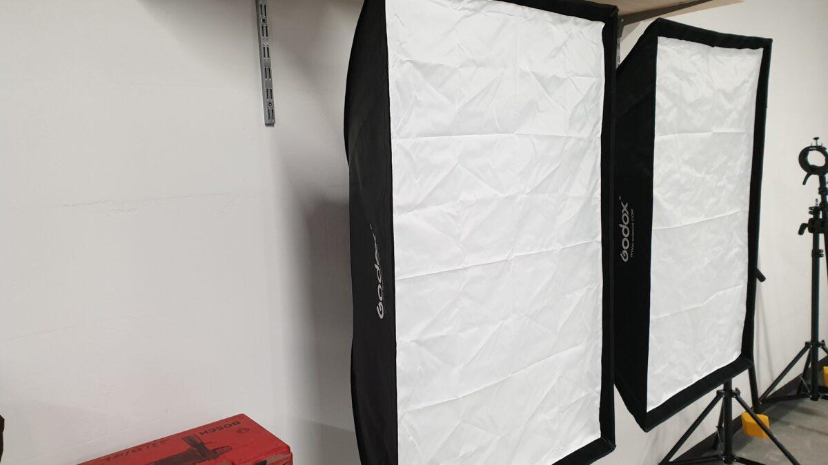 Softbox-Wand-Haltung fertig montiert