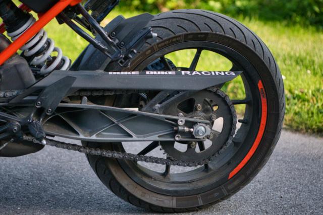 KTM 125 Duke Schwinge + Hinterrad
