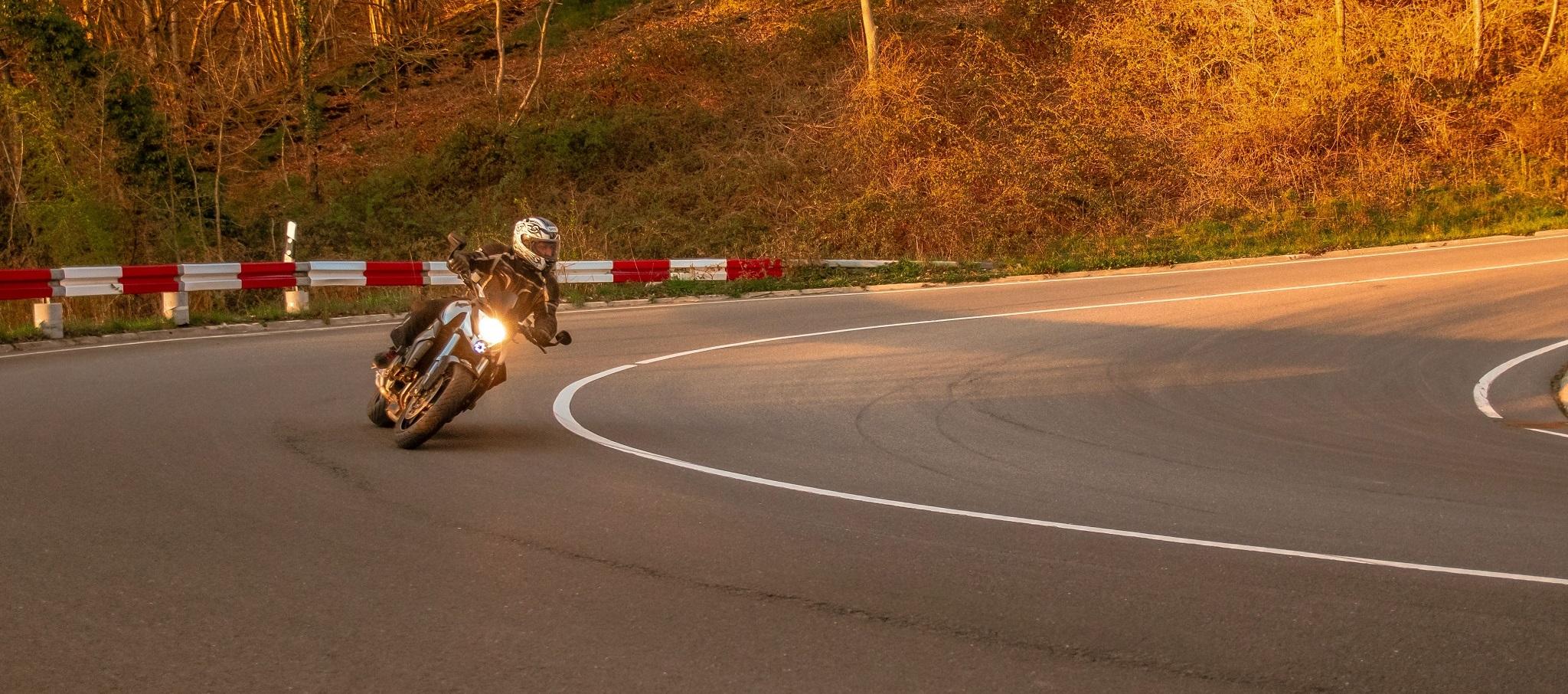 Honda CB 1000 R Schräglage